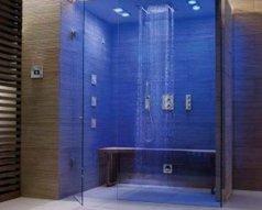 Jak zrobić prysznic bez brodzika w bloku?